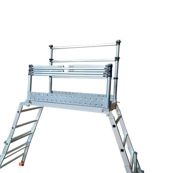 Scaffold Ladder getting assembled