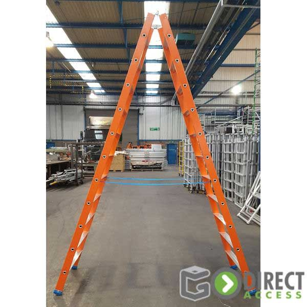 Wide Step Fibreglass Stepladder-3.0M